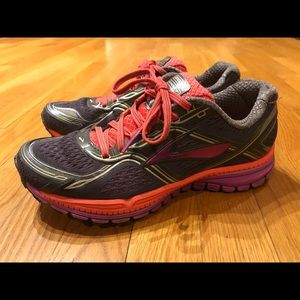Brooks Ghost Women's Running Training Shoes